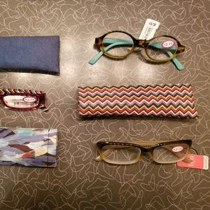 NEW 2.75 Reading Glasses with Matching Cases